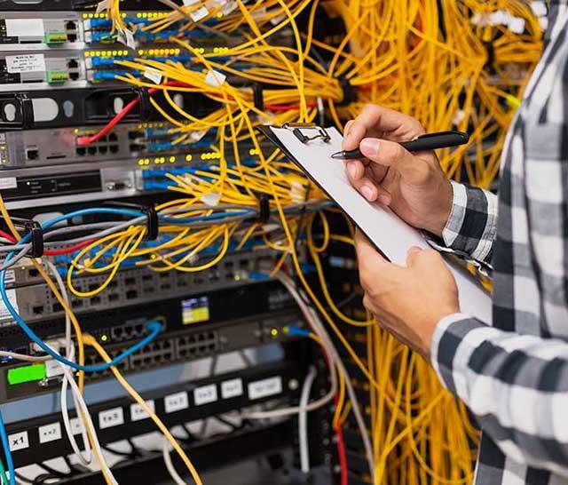 Reti di telecomunicazioni e infrastrutture
